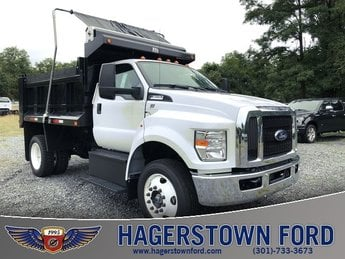 2018 Ford F-650SD Automatic Truck 2 Door 6.8L V10 Engine RWD