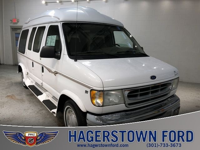 2002 Ford E-150 Commercial 3 Door 4.6L V8 EFI Engine Automatic Van