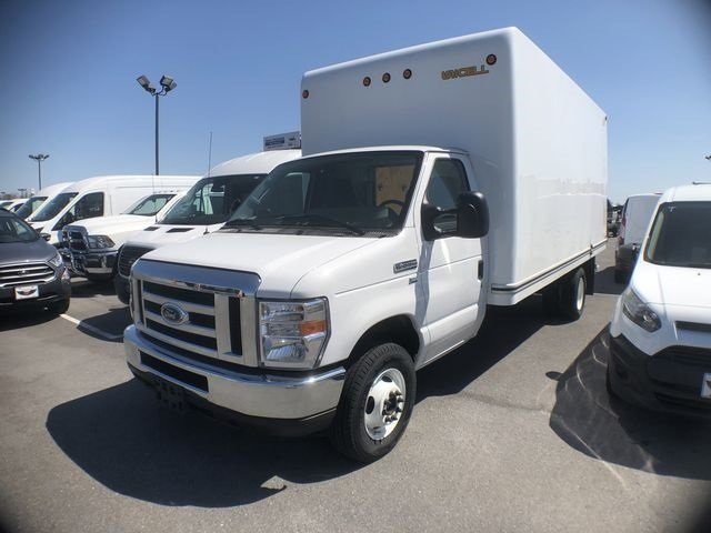 2018 Oxford White Ford E-350SD Base 6.2L V8 Engine Automatic Car RWD