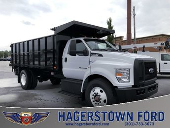 2018 Oxford White Ford F-750SD Truck RWD 6.7L Diesel Engine 2 Door
