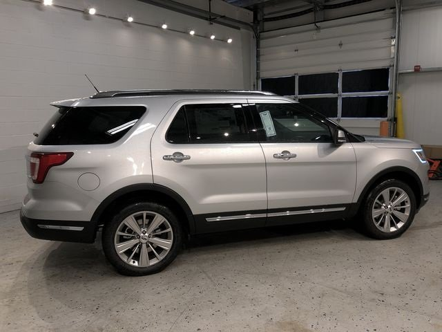 2018 Ingot Silver Metallic Ford Explorer Limited 3.5L V6 Ti-VCT Engine 4 Door 4X4