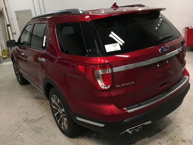 2018 Ruby Red Metallic Tinted Clearcoat Ford Explorer Platinum 4X4 4 Door SUV 3.5L Engine