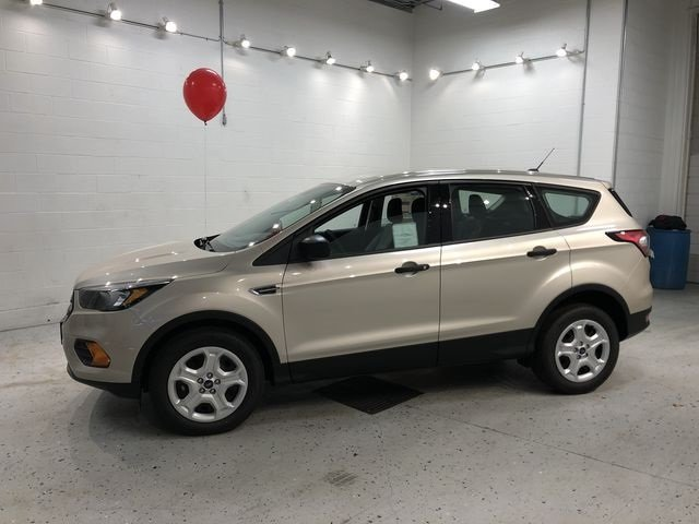 2018 White Gold Metallic Ford Escape S 4 Door FWD SUV Automatic 2.5L iVCT Engine