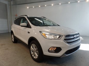 2018 Oxford White Ford Escape SE 4 Door SUV Automatic