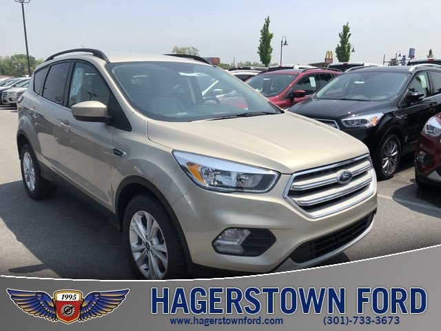 2018 Ford Escape SE EcoBoost 1.5L I4 GTDi DOHC Turbocharged VCT Engine Automatic 4 Door 4X4