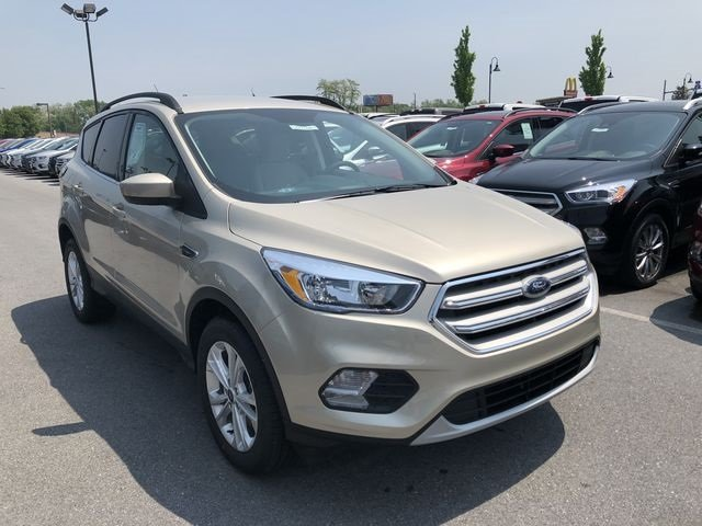 2018 Ford Escape SE 4X4 EcoBoost 1.5L I4 GTDi DOHC Turbocharged VCT Engine 4 Door