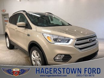 2018 White Gold Metallic Ford Escape SEL 4 Door Automatic EcoBoost 1.5L I4 GTDi DOHC Turbocharged VCT Engine SUV 4X4