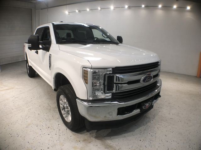 2018 Ford Super Duty F-250 SRW XLT 4X4 6.2L V8 EFI SOHC 16V Flex Fuel Engine 4 Door Automatic Truck