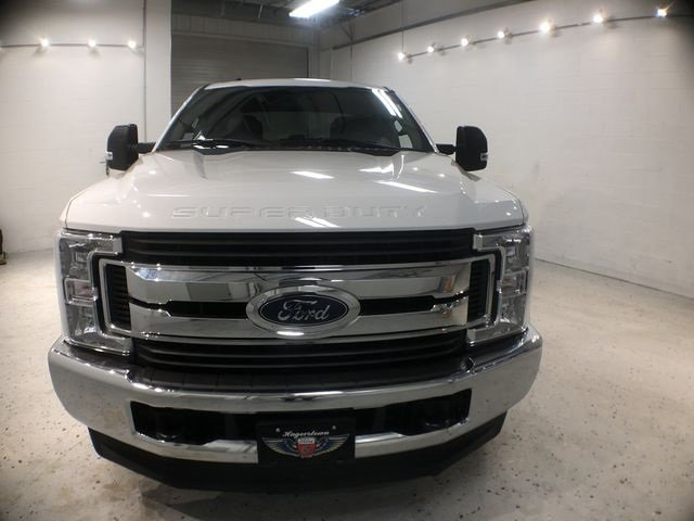 2018 White Ford Super Duty F-250 SRW XLT Truck 6.2L V8 EFI SOHC 16V Flex Fuel Engine 4 Door