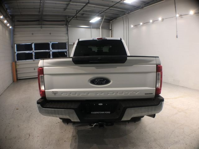2018 Ford Super Duty F-250 SRW XLT 4 Door 6.2L V8 EFI SOHC 16V Flex Fuel Engine 4X4