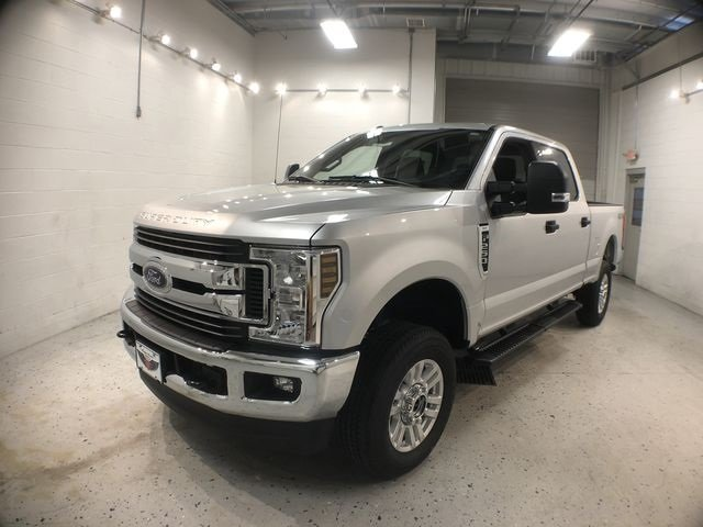 2018 Ingot Silver Metallic Ford Super Duty F-250 SRW XLT Truck Automatic 4X4 4 Door