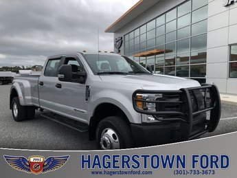 2017 Ford Super Duty F-350 DRW XL Power Stroke 6.7L V8 DI 32V OHV Turbodiesel Engine 4 Door Truck Automatic