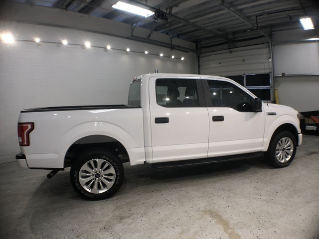 2016 Oxford White Ford F-150 XL 5.0L V8 FFV Engine Truck Automatic 4X4 4 Door