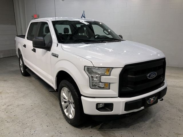 2016 Oxford White Ford F-150 XL 4X4 Automatic 4 Door