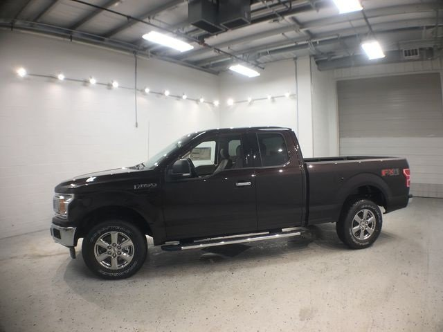 2018 Magma Red Metallic Ford F-150 XLT Truck 4 Door 4X4 5.0L V8 Ti-VCT Engine
