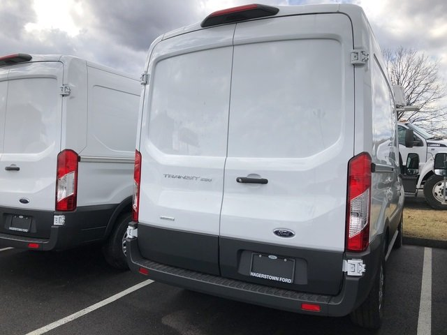 2018 Ford Transit-250 Base Automatic Van 3 Door RWD