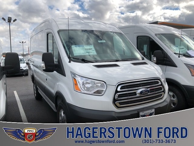 2018 Oxford White Ford Transit-250 Base Automatic Van RWD 3 Door