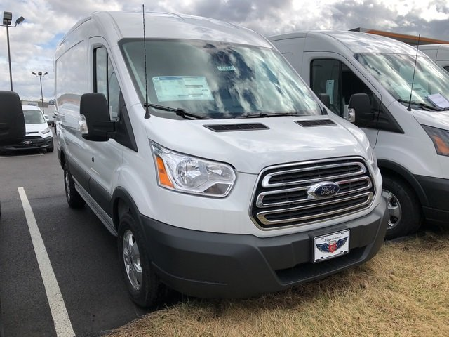 2018 Ford Transit-250 Base 3 Door RWD Van Automatic