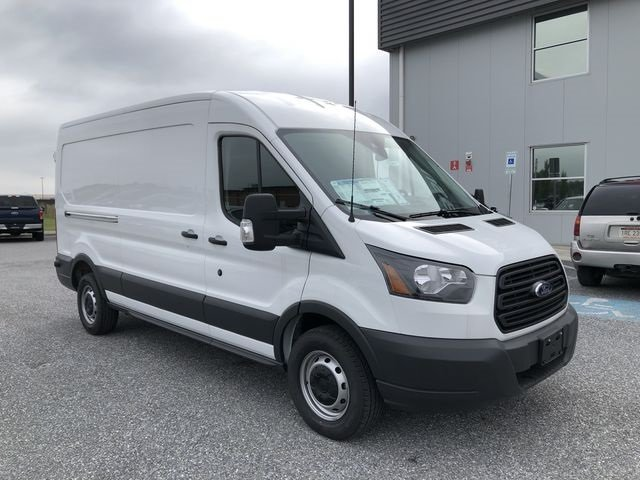 2018 Oxford White Ford Transit-250 Base 3 Door Automatic 3.7L V6 Ti-VCT 24V Engine RWD Van