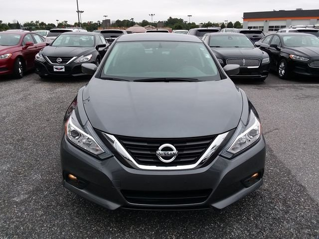 2017 Gun Metallic Nissan Altima 2.5 SV Automatic (CVT) 4 Door 2.5L 4-Cylinder DOHC 16V Engine