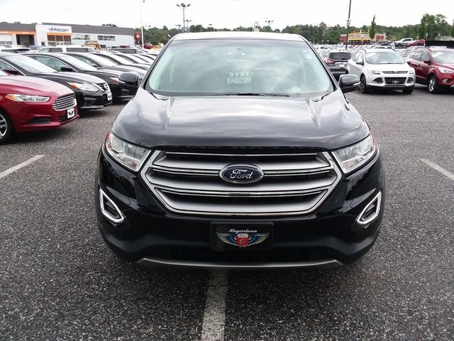 2016 Ford Edge Titanium 4 Door AWD 3.5L V6 Ti-VCT Engine SUV