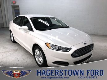 2016 White Ford Fusion SE 2.5L iVCT Engine FWD 4 Door
