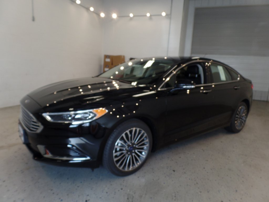 2018 Shadow Black Ford Fusion SE FWD 4 Door Automatic