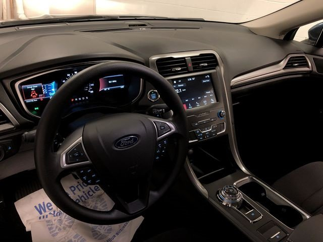 2019 Ford Fusion SE Sedan Automatic FWD EcoBoost 1.5L I4 GTDi DOHC Turbocharged VCT Engine 4 Door