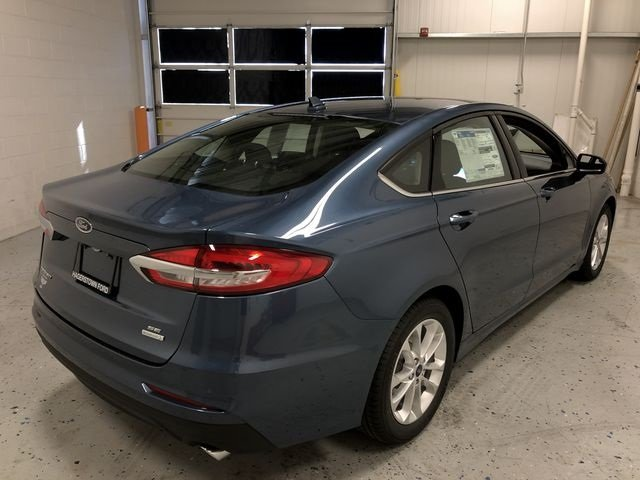 2019 Ford Fusion SE 4 Door Sedan EcoBoost 1.5L I4 GTDi DOHC Turbocharged VCT Engine Automatic FWD