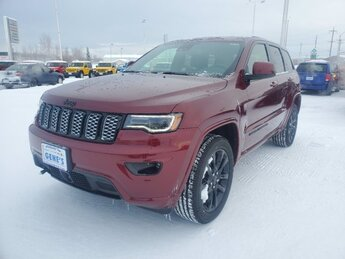 2020 Velvet Red Pearlcoat Jeep Grand Cherokee Altitude Regular Unleaded V-6 3.6 L/220 Engine 4X4 4 Door Automatic SUV