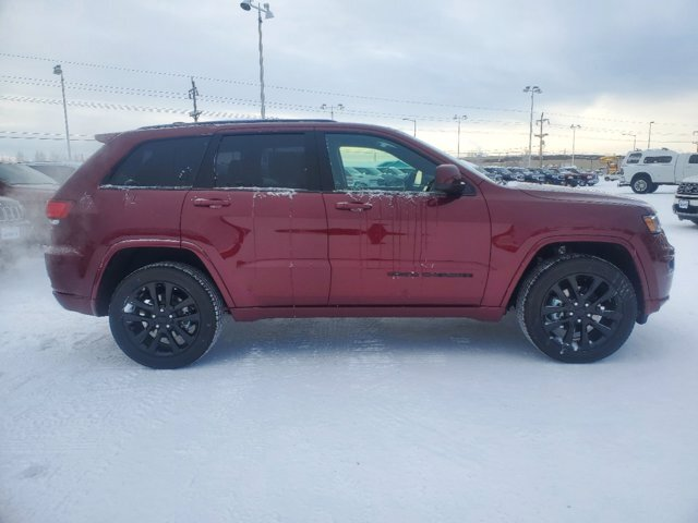 2020 Velvet Red Pearlcoat Jeep Grand Cherokee Altitude 4 Door Regular Unleaded V-6 3.6 L/220 Engine 4X4 Automatic SUV