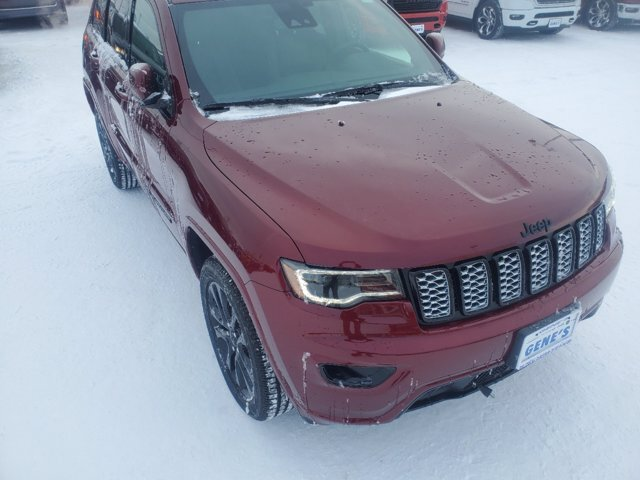 2020 Jeep Grand Cherokee Altitude 4 Door Automatic SUV Regular Unleaded V-6 3.6 L/220 Engine 4X4