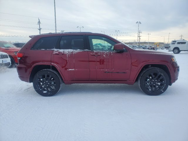2020 Velvet Red Pearlcoat Jeep Grand Cherokee Altitude 4 Door SUV Regular Unleaded V-6 3.6 L/220 Engine Automatic 4X4