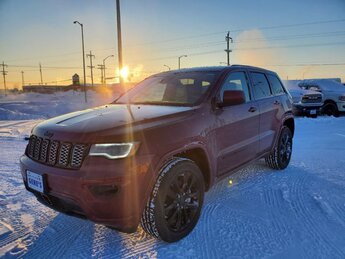 2021 Jeep Grand Cherokee Laredo X SUV Automatic Regular Unleaded V-6 3.6 L/220 Engine 4X4 4 Door