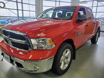 2020 Flame Red Clearcoat Ram 1500 Classic Tradesman Truck Automatic Regular Unleaded V-8 5.7 L/345 Engine 4X4 4 Door