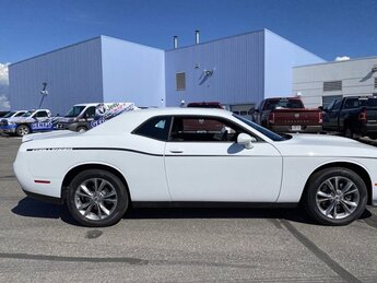 2020 White Knuckle Clearcoat Dodge Challenger GT Regular Unleaded V-6 3.6 L/220 Engine 2 Door Coupe AWD