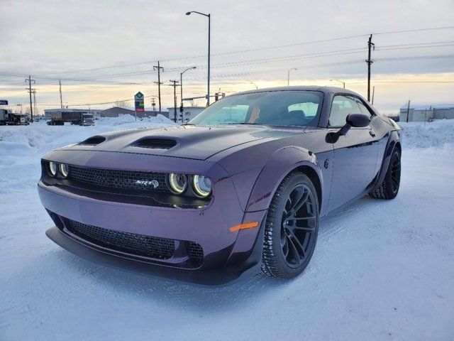 2020 Hellraisin Dodge Challenger SRT Hellcat Redeye Widebody RWD Coupe 2 Door Automatic Intercooled Supercharger Premium Unleaded V-8 6.2 L/376 Engine