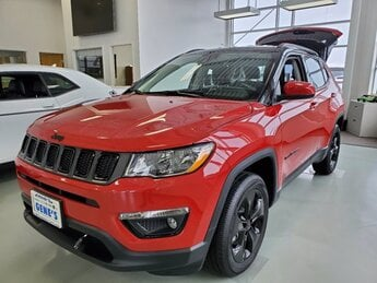 2020 Redline Pearlcoat Jeep Compass Altitude Regular Unleaded I-4 2.4 L/144 Engine SUV Automatic