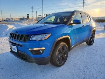 2020 Laser Blue Pearlcoat Jeep Compass Altitude SUV Regular Unleaded I-4 2.4 L/144 Engine Automatic 4 Door 4X4