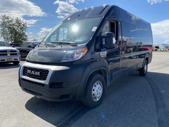2020 Black Clearcoat Ram ProMaster Cargo Van Automatic 3 Door FWD Van Regular Unleaded V-6 3.6 L/220 Engine