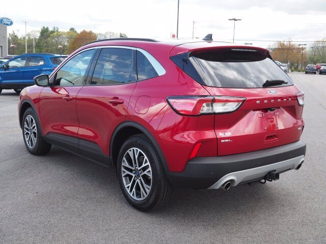 2020 Rapid Red Metallic Tinted Clearcoat Ford Escape SEL AWD 2.0L 4 cyls Engine 4 Door SUV