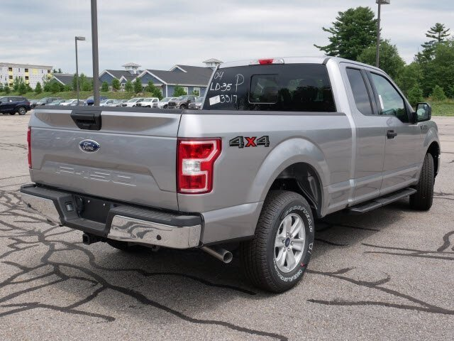 2020 Iconic Silver Metallic Ford F-150 XLT 4X4 5.0L V8 Engine 4 Door