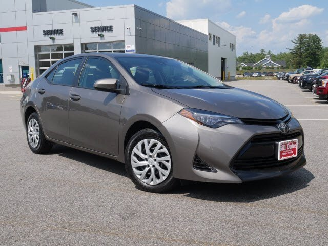 2018 Falcon Gray Metallic Toyota Corolla LE 1.8L 4 cyls Engine Automatic (CVT) FWD Sedan 4 Door