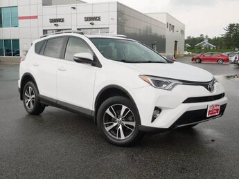 2016 Super White Toyota RAV4 XLE Automatic 4 Door 2.5L 4 cyls Engine SUV AWD