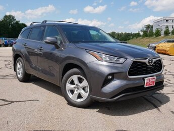 2020 Magnetic Gray Metallic Toyota Highlander LE 3.5L V6 Engine AWD Automatic 4 Door