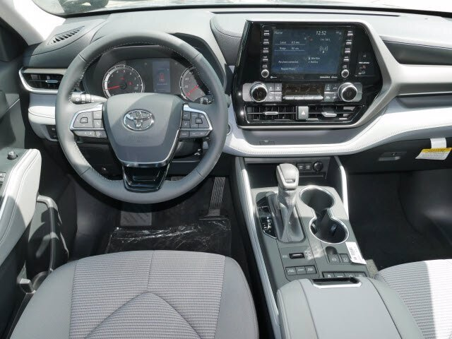 2020 Toyota Highlander LE 3.5L V6 Engine 4 Door Automatic