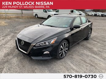 2021 Super Black Clearcoat Nissan Altima 2.0 SR Automatic (CVT) 2.0L I4 PDI Turbocharged DOHC 16V LEV3-ULEV70 236hp Engine FWD Sedan