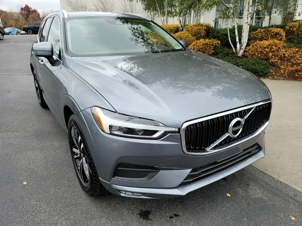 2021 Volvo XC60 T6 Momentum SUV I4 Supercharged Engine AWD Automatic