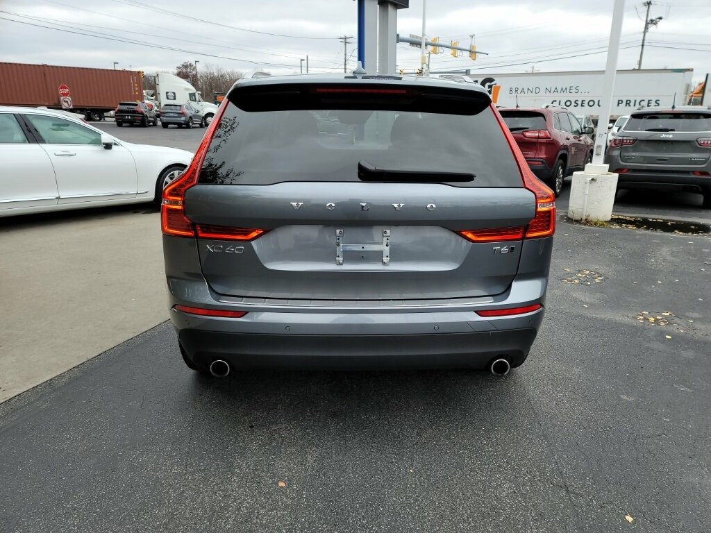 2021 Volvo XC60 T6 Momentum Automatic SUV AWD I4 Supercharged Engine 4 Door