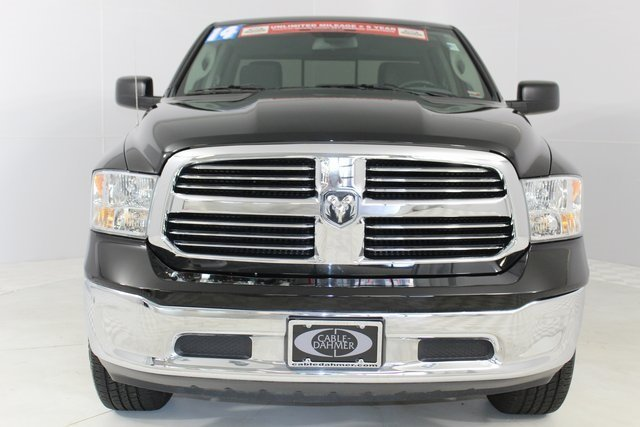 2014 Black Clearcoat Ram 1500 Automatic HEMI 5.7L V8 Multi Displacement VVT Engine Truck 4 Door